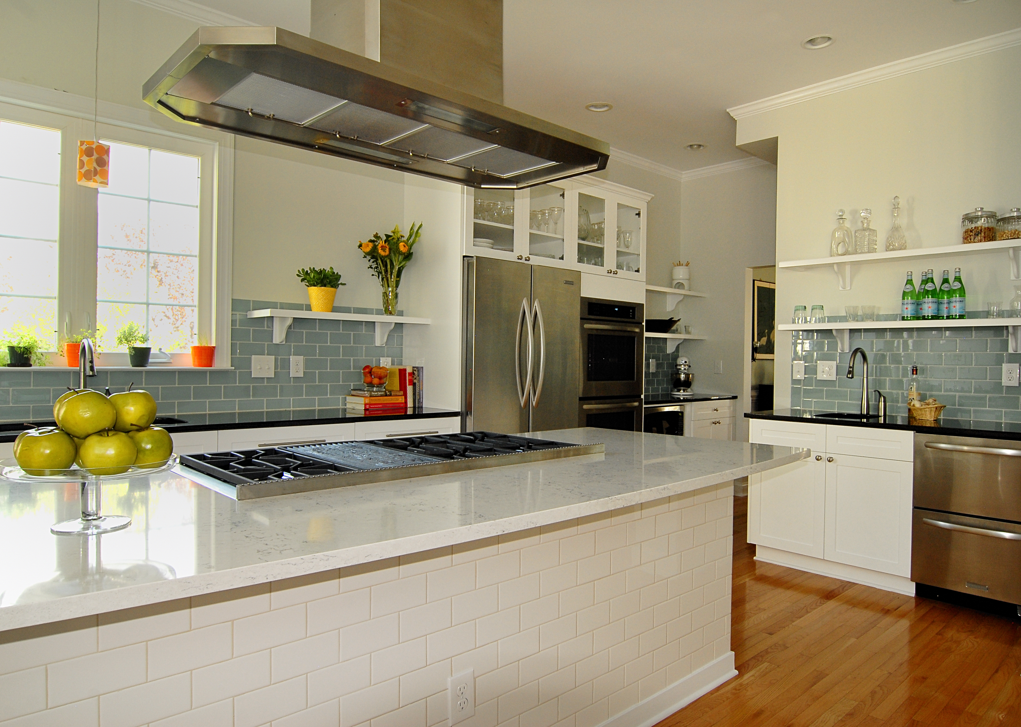 Contractor tips top 10 home remodeling don 39 ts slamans for Home construction contract tips